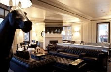 Polo Lounge - The Oxford Hotel - Pubs Sydney