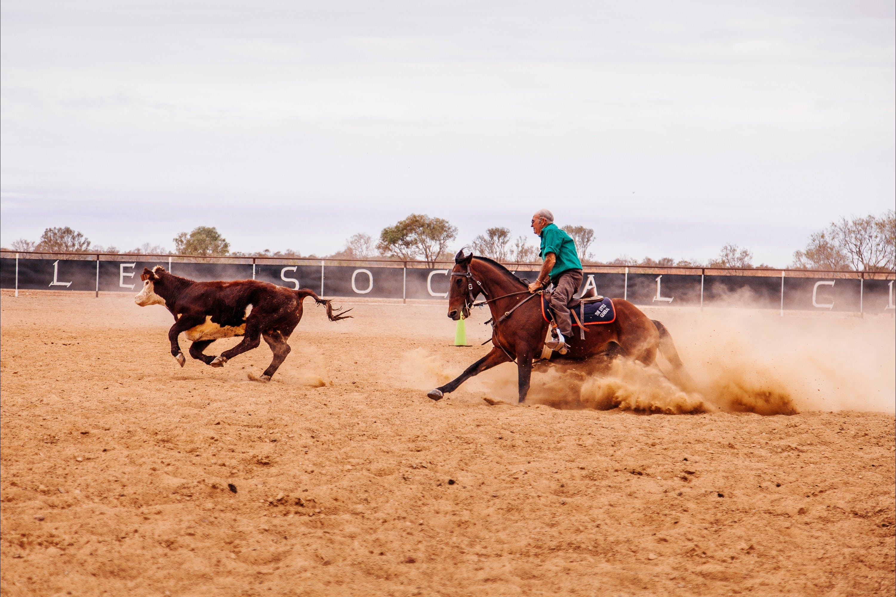 Birdsville Campdraft  Rodeo and Bronco Branding - Pubs Sydney