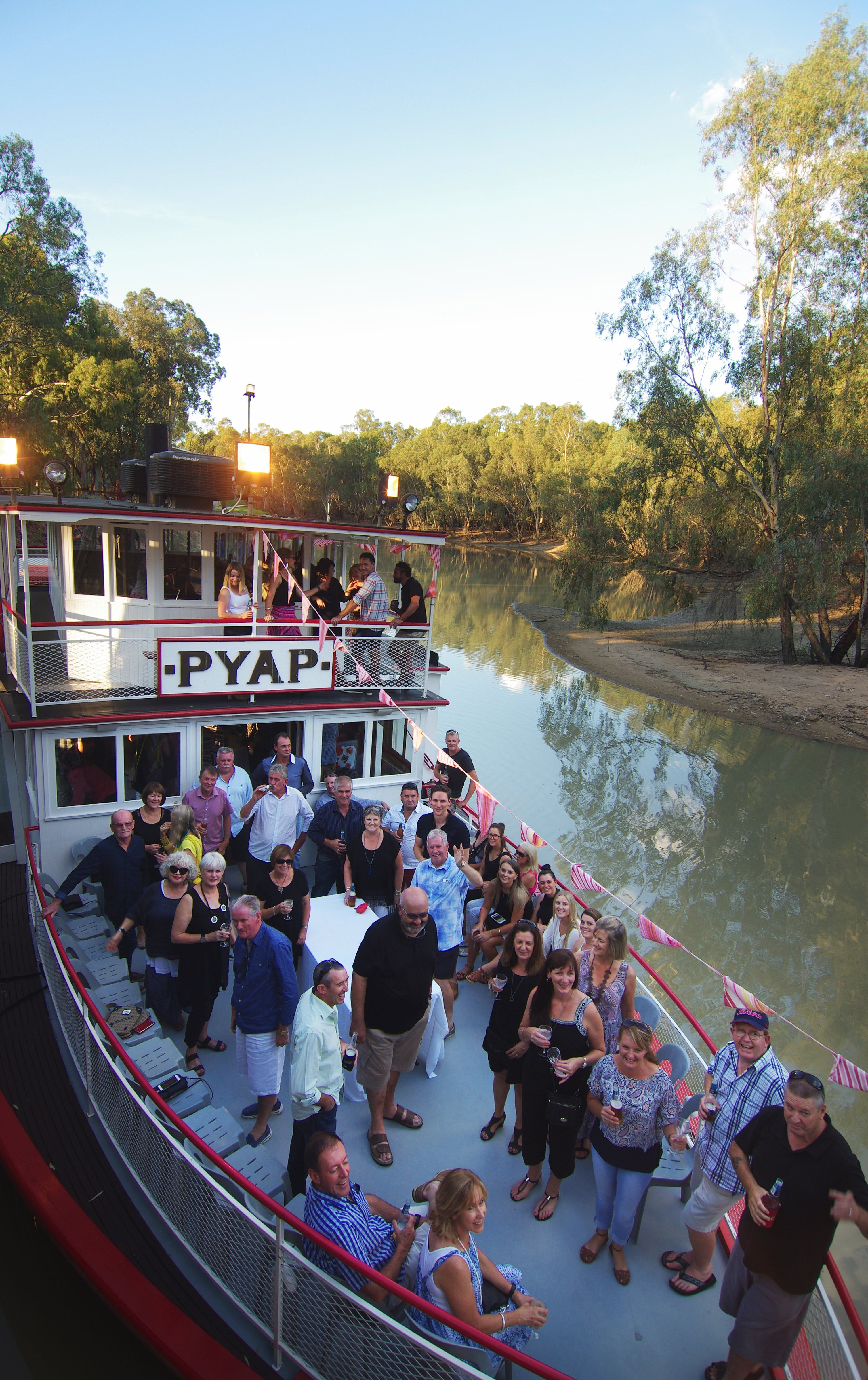 Swan Hill Region Food and Wine Festival Cruise - Pubs Sydney