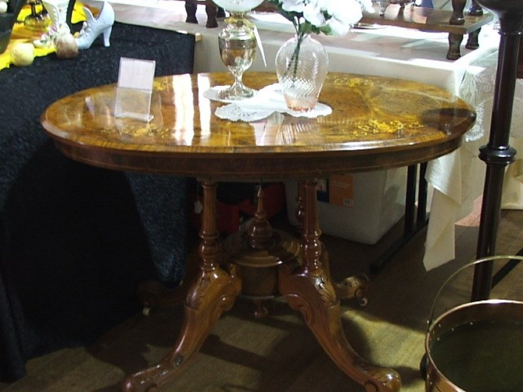 Berry Antiques and Collectables Fair - Pubs Sydney