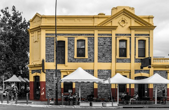 The Colonist Hotel - Pubs Sydney