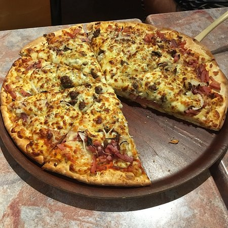 Gourmet Pizza and Pasta - Pubs Sydney